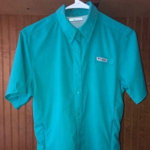 dc78436d1700a Women s Columbia Shirt